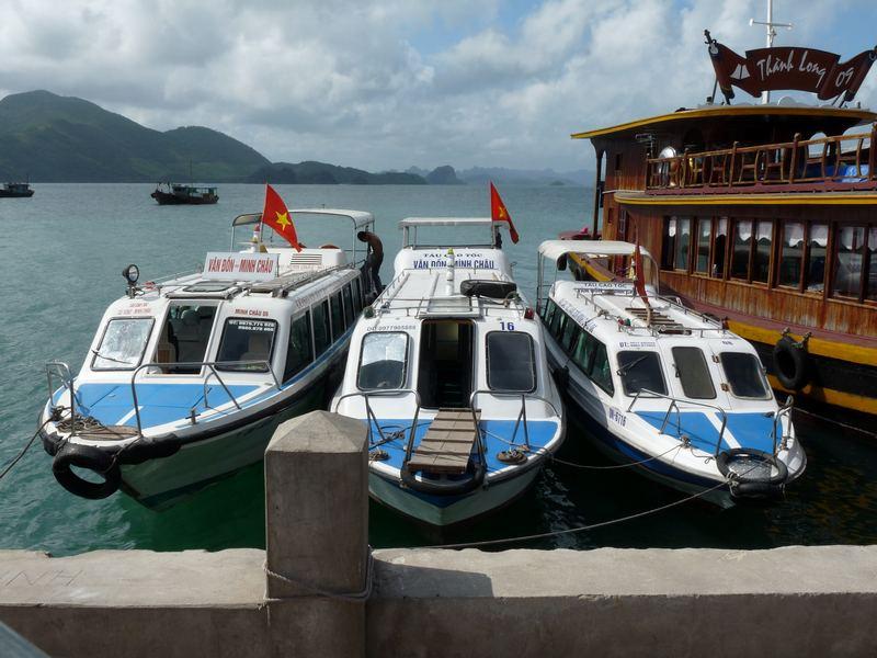 Mit dem Boot zum Schwimmenden Markt
